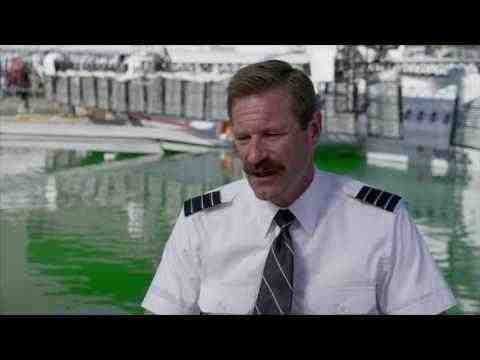 Sully - Aaron Eckhart