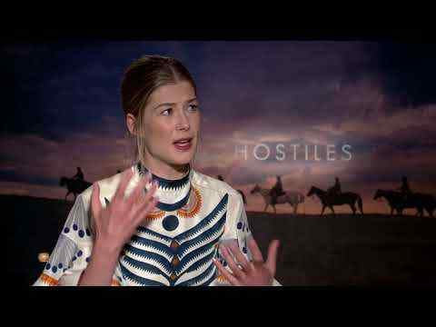 Hostiles - Rosamund Pike Interview Part 1