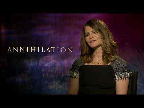 Annihilation - Jennifer Jason Leigh Interview