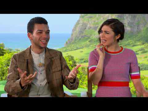 Jurassic World: Fallen Kingdom - Daniella Pineda & Justice Smith Interview