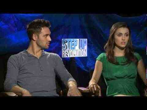 Step Up 4 3D - Kathryn McCormick and Ryan Guzman Interview