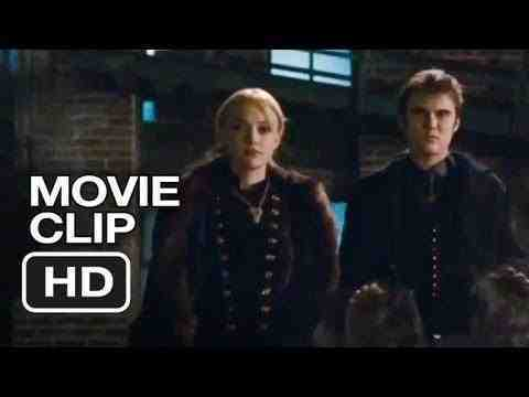 The Twilight Saga: Breaking Dawn - Part 2 - Dark Gifts of Jane Clip