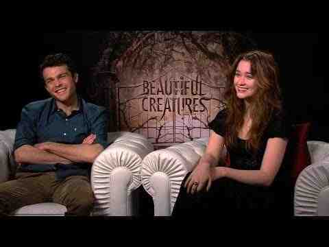 Beautiful Creatures - Alden Ehrenreich and Alice Englert Interview