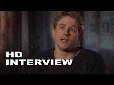 Pacific Rim - Charlie Hunnam Interview