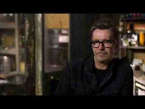 Dawn of the Planet of the Apes - Gary Oldman Interview