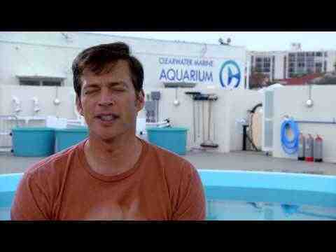Dolphin Tale 2 - Harry Connick, Jr. Interview Part 2
