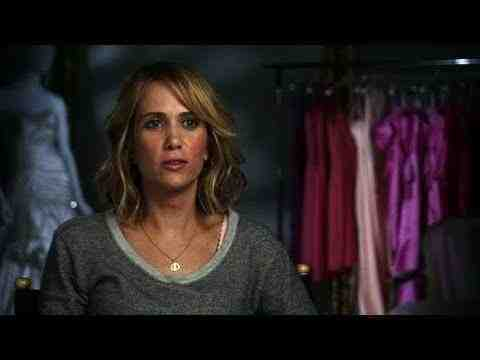 Bridesmaids Featurette HD